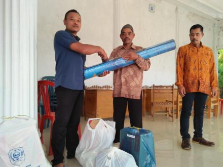 Penyerahan Bantuan Kepada Masyarakat Korban Bencana Alam