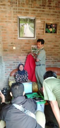 Perekaman Biometrik E-KTP ODGC Jemput Bola Di Desa Puyung