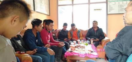 Pembinaan Team Bola Volley Oleh Kepala Desa Dan Sekretaris Desa Puyung