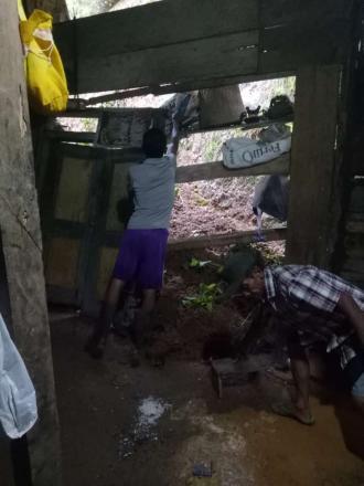 Hujan Deras Mengakibatkan Tebing Rumah Pak Jarno Longsor